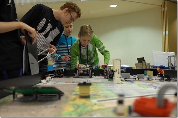 FLL 2017 Roboti disaini hindamisel sai määravaks roboti modulaarsus